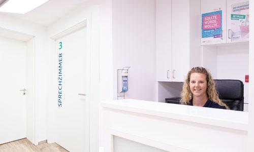 Empfangsbereich – Hausarztpraxis Hinz, Königsheide 26, 44536 Lünen